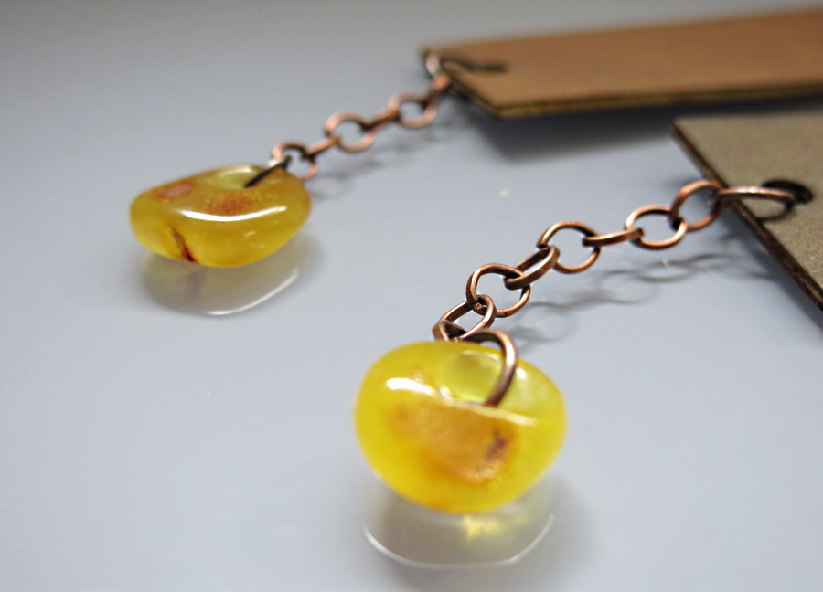 bookmarks – a natural Baltic amber and ecological leather